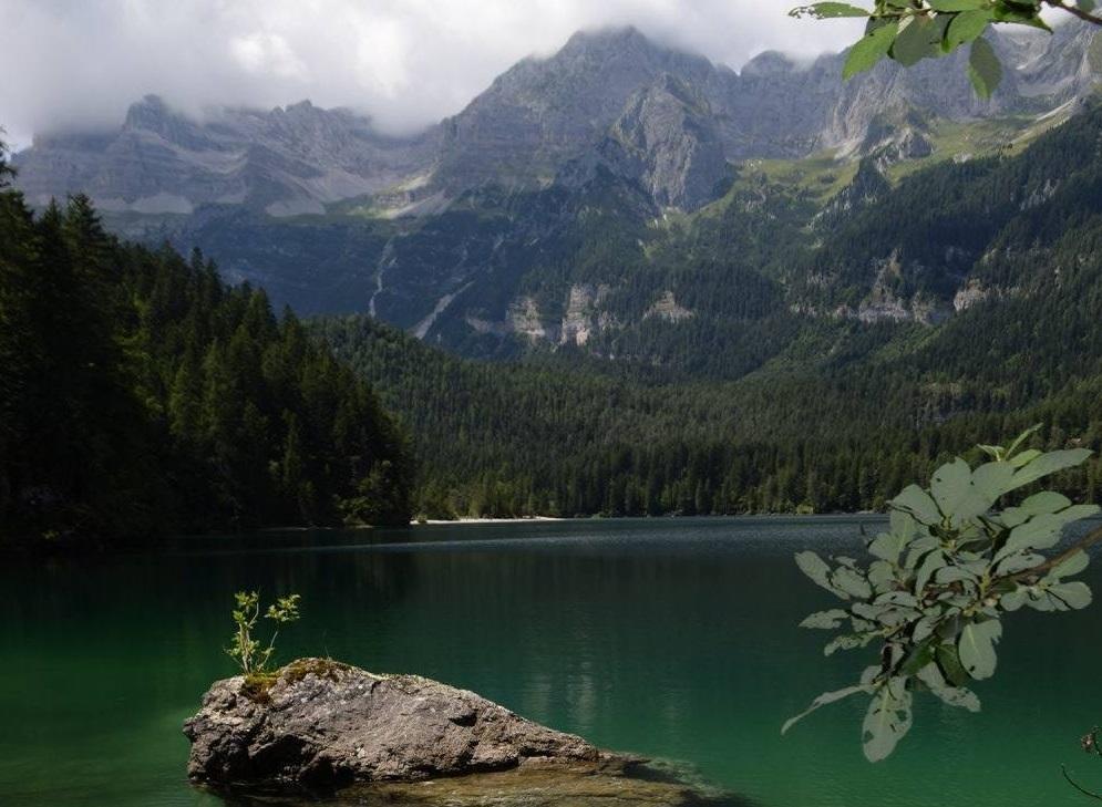 Lago_Dolomiti.jpg