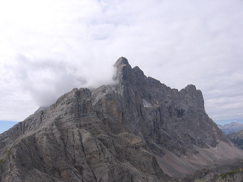 Monte_civetta_da_cima_coldai.jpg