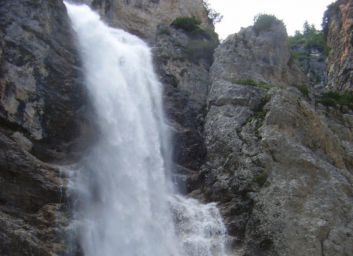 cascate-fanes-1200x873.jpg